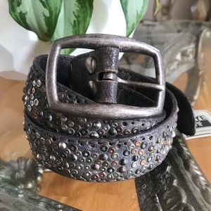 Frye Deborah Distressed Studded Leather Belt 88-90